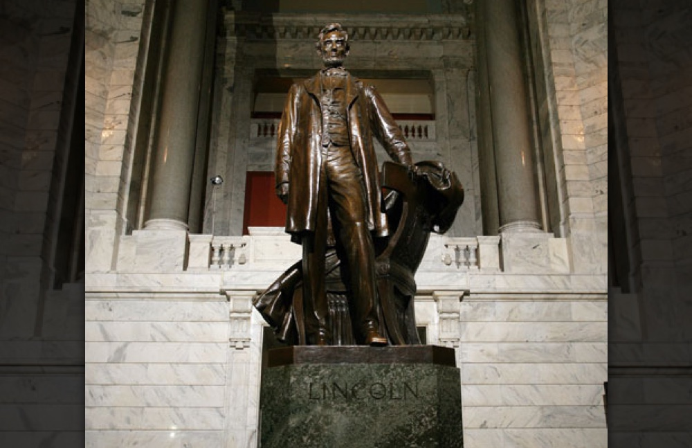 Capitol Photos/lincoln.jpg